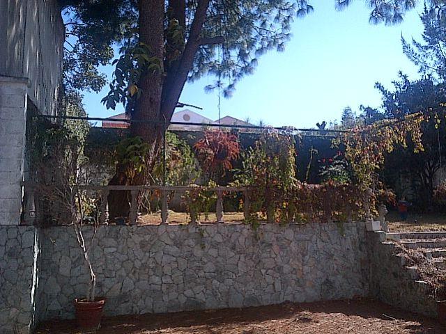 Remax real estate, Guatemala, Guatemala City, CASA CON AMPLIO TERRENO EN EXCLUSIVO SECTOR DE SAN CRISTOBAL