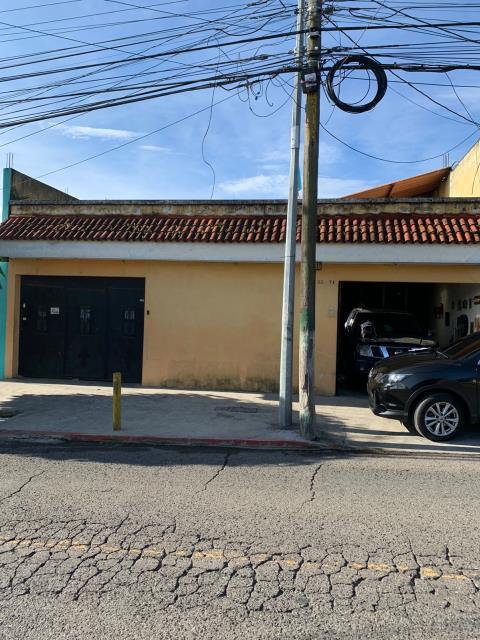 Remax real estate, Guatemala, Guatemala City, VENDO CASA ZONA 07 TIKAL II DE SEIS DORMITORIOS
